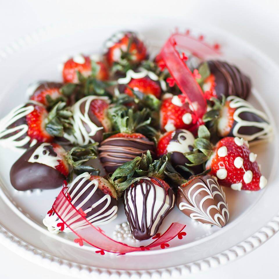 extra fancy chocolate covered strawberries