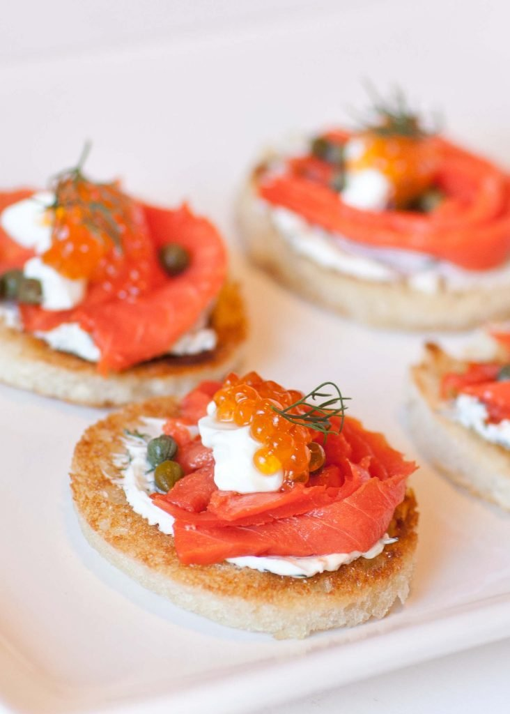 Caviar smoked salmon canapes tatyanas everyday food for Canape de salmon