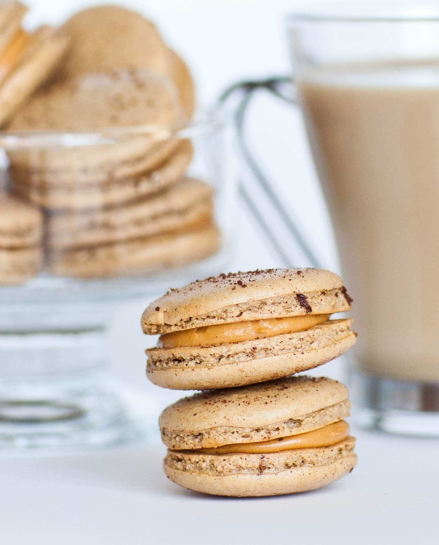 coffee caramel macarons