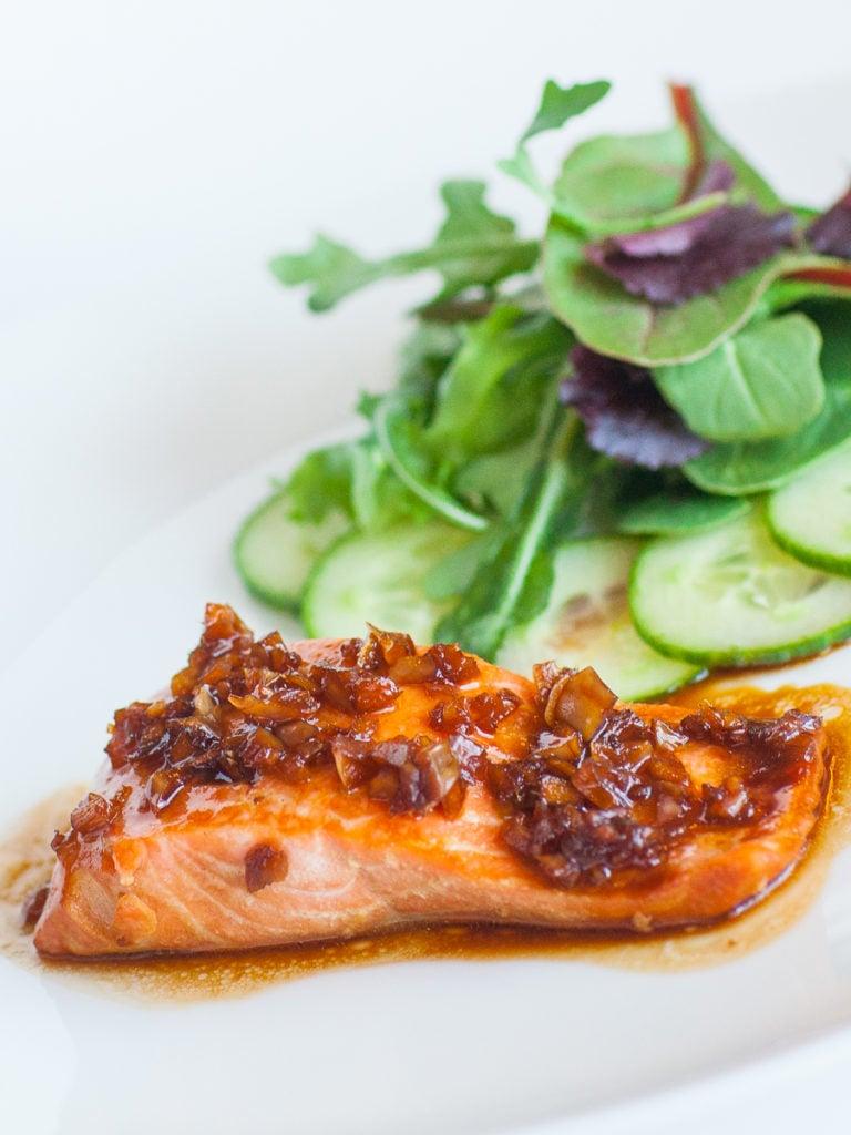 teriyaki salmon with ginger garlic sauce