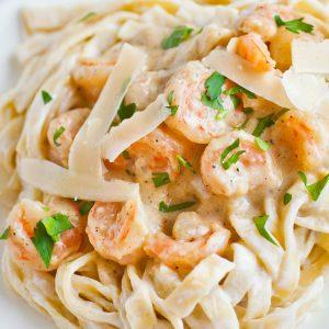 shrimp alfredo fettuccini