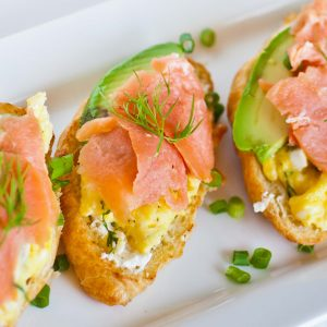 croissant with smoked salmon and egg