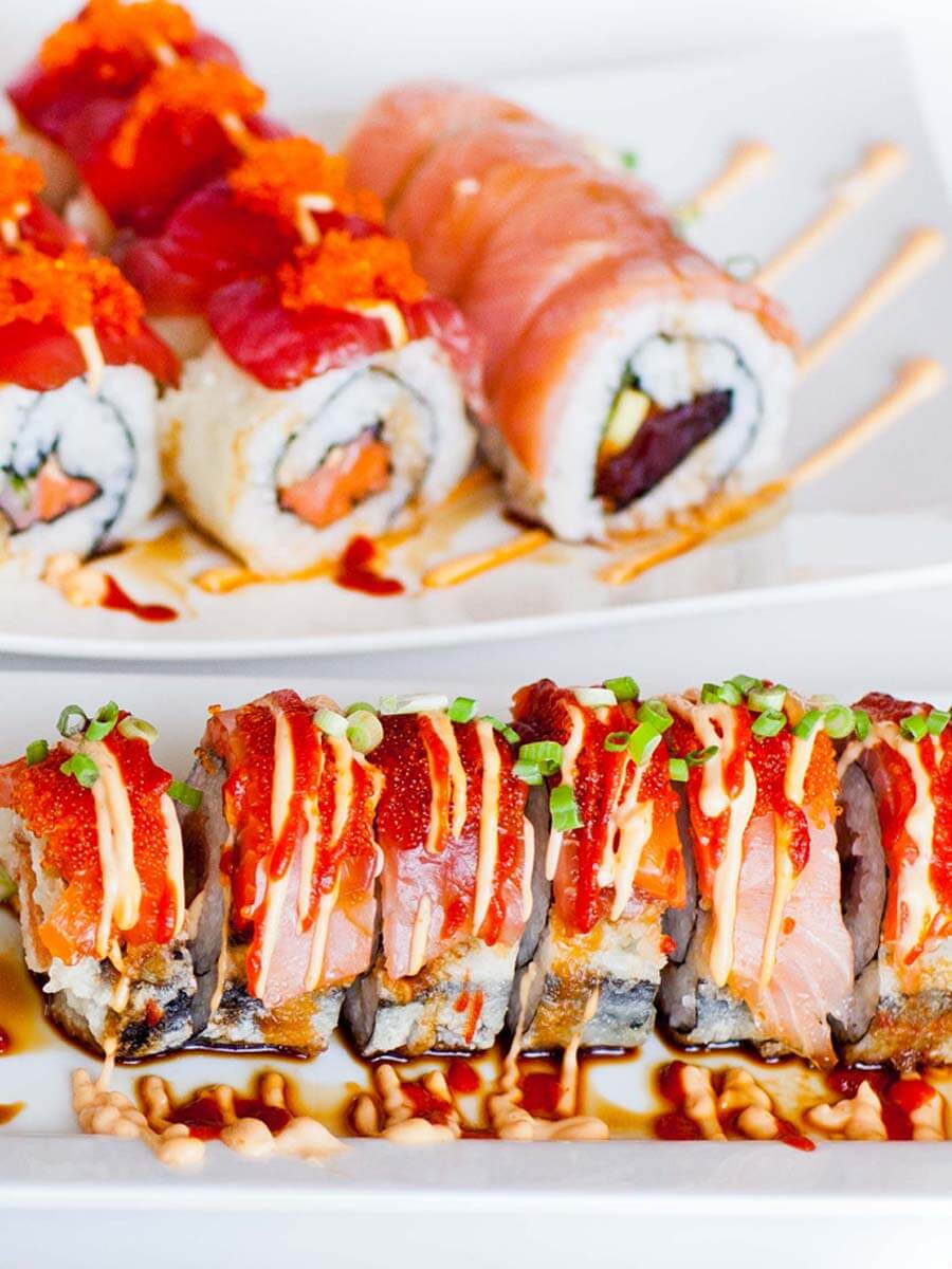 spicy tuna sushi roll, how to make sushi at home