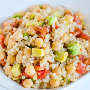 couscous salad with chickpeas and avocado