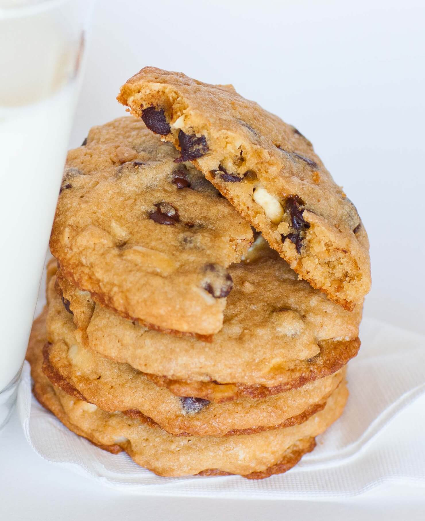 Chocolate Chip Cookies with Macadamia, Toffee Bits and White ...