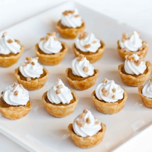 Pumpkin Pie Tartlets with Meringue Frosting with video tutorial