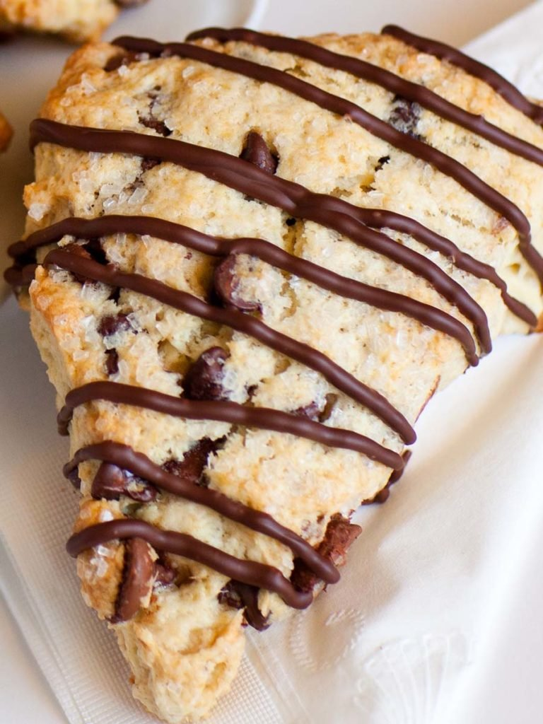 chocolate scones recipe with drizzled chocolate