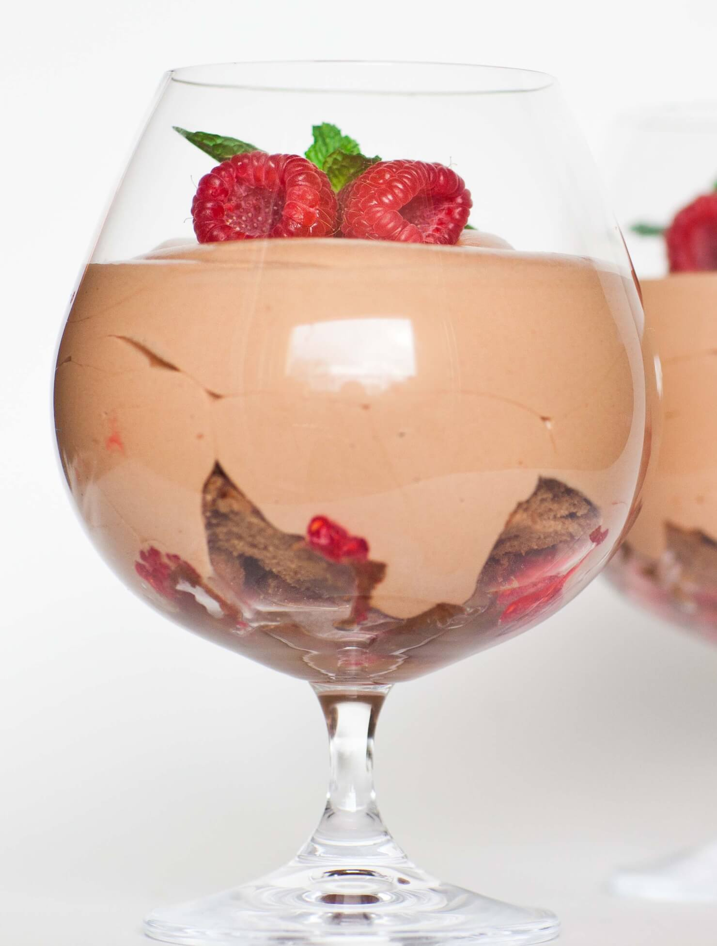 chocolate mousse with raspberries and chocolate cake