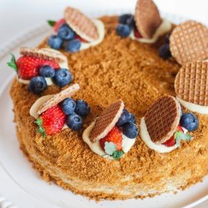 "Honey Cake with Custard Creme - Торт ""Медовик"" ~ Video Recipe"