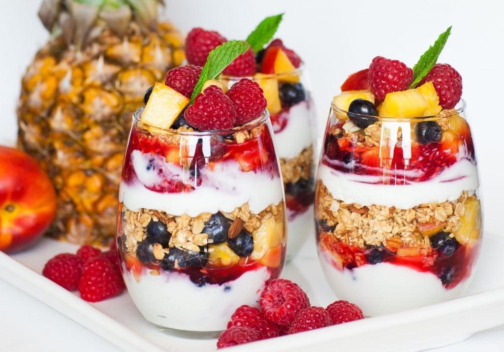 yogurt parfaits with granola and fruit
