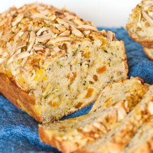 zucchini bread with almond and apricots