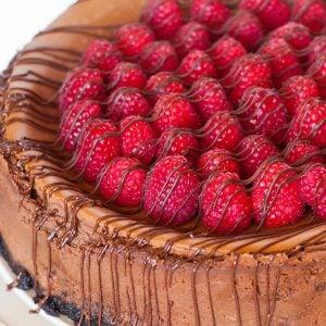 caramel chocolate raspberry cheesecake