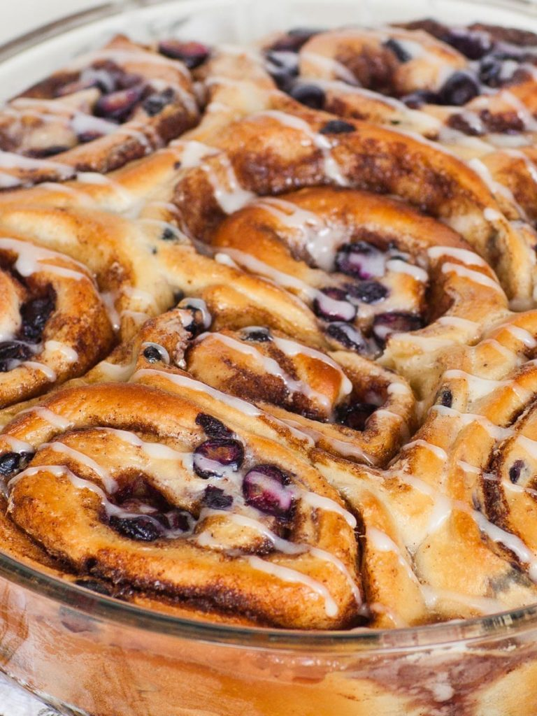 blueberry rolls with fresh and dried blueberries