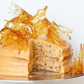 maple pecan cake with caramelized sugar