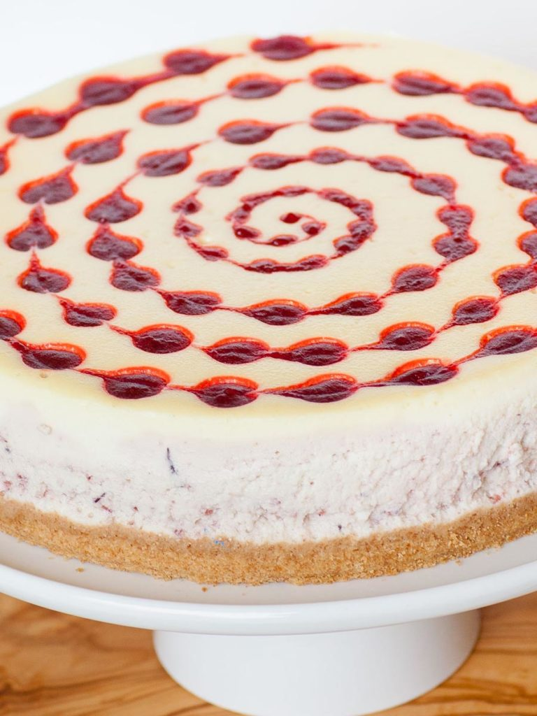 cranberry cheesecake with graham cracker crust