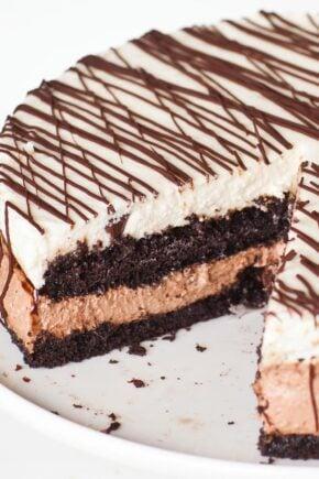 chocolate tuxedo cake with no-bake cheesecake filling