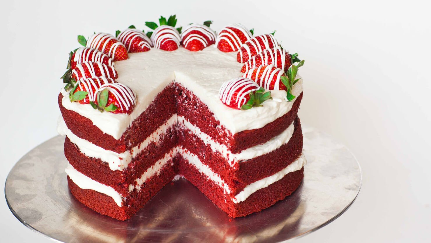 red velvet cake This red velvet cake recipe makes an easy to follow, classic dessert red velvet  cake is delicious with cream cheese or cooked heritage.