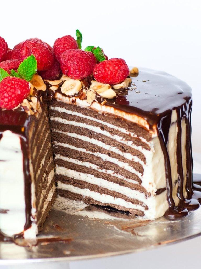 chocolate spartak cake inside; russian chocolate cake recipe