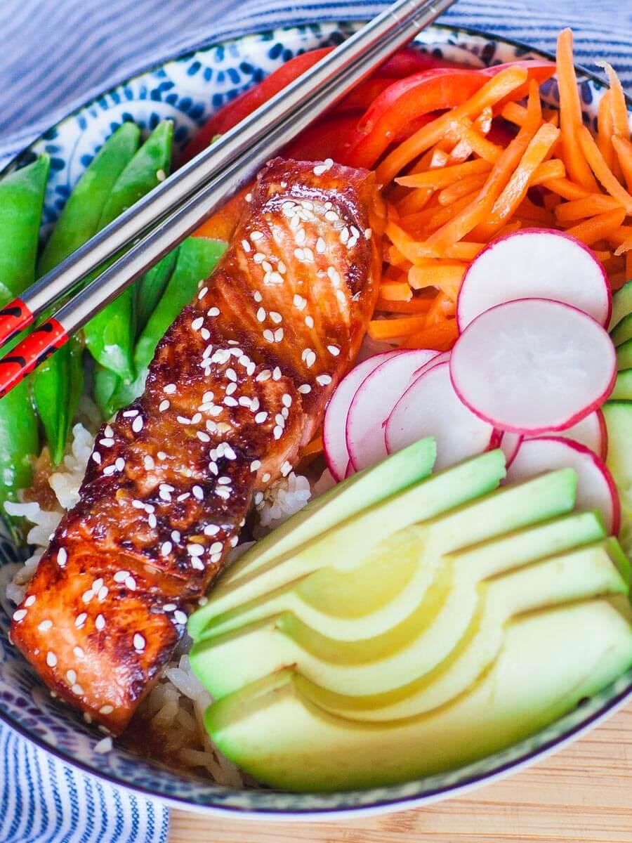 teriyaki salmon with veggies and rice