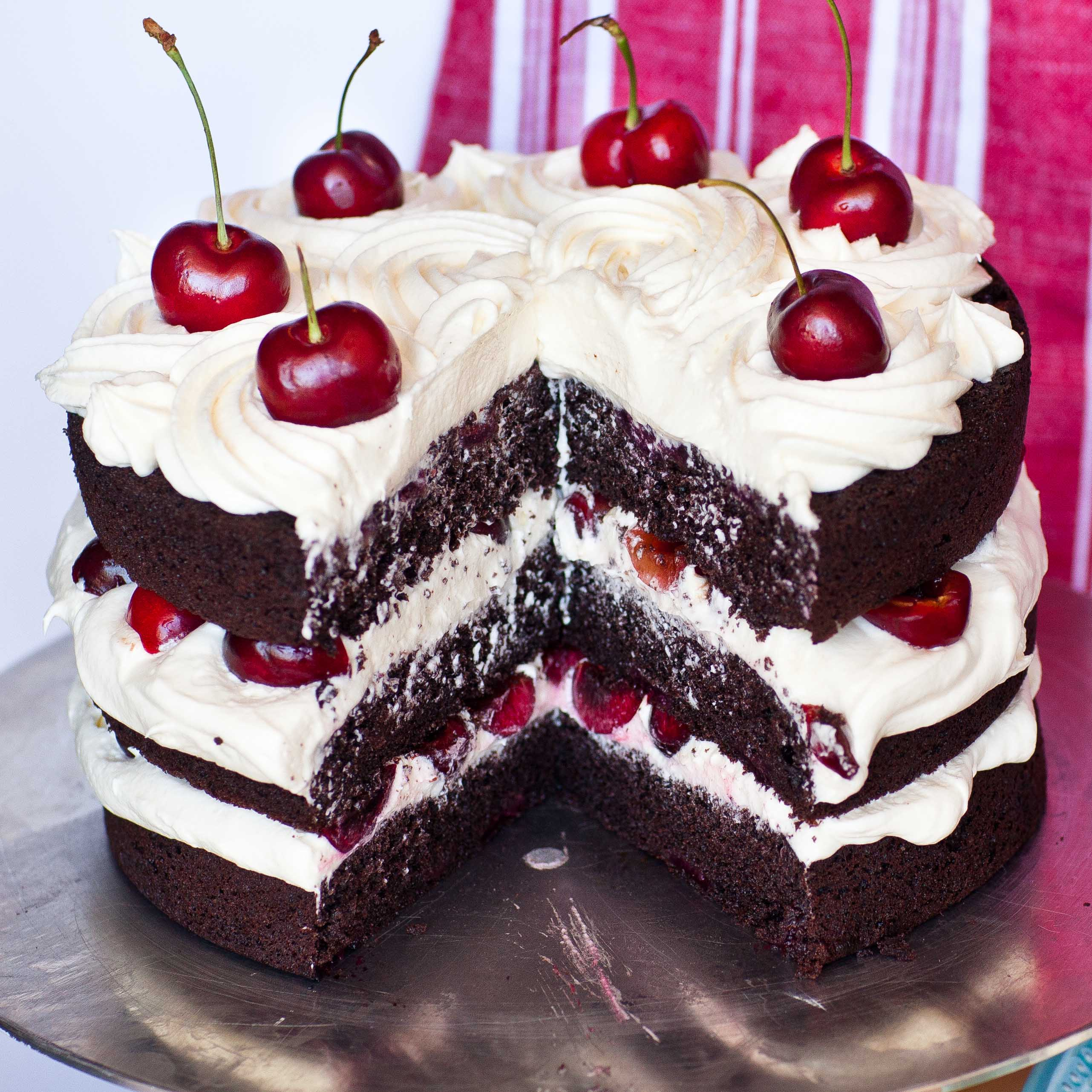 Can You Use Cherry Pie Filling In A Cake