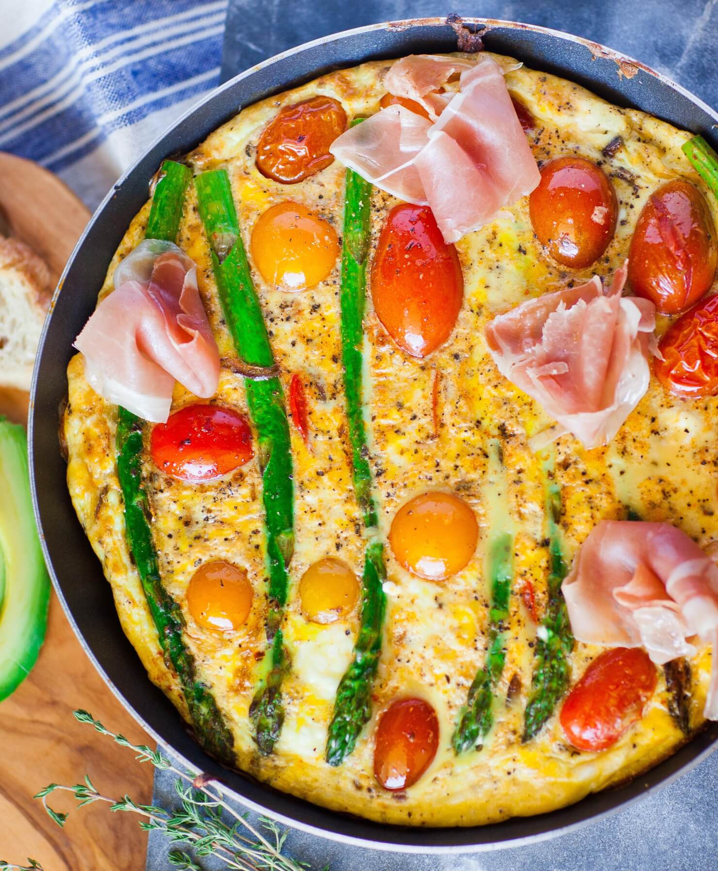 frittata with asparagus, prosciutto and tomatoes