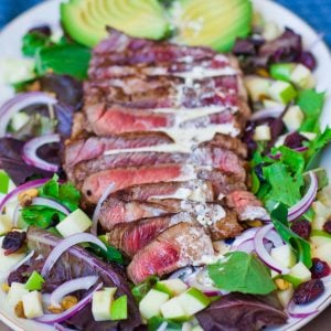 blue cheese steak salad with apples
