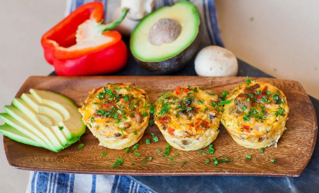 Breakfast Egg Muffins with sausage and peppers