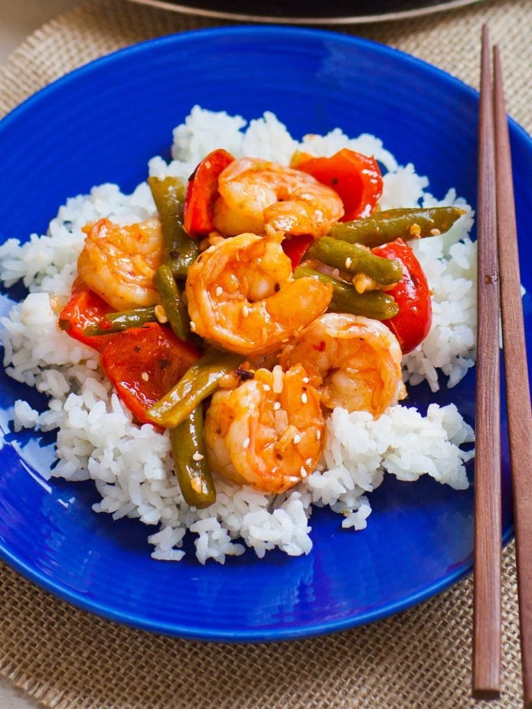 easy sweet and sour shrimp recipe with green beans and peppers
