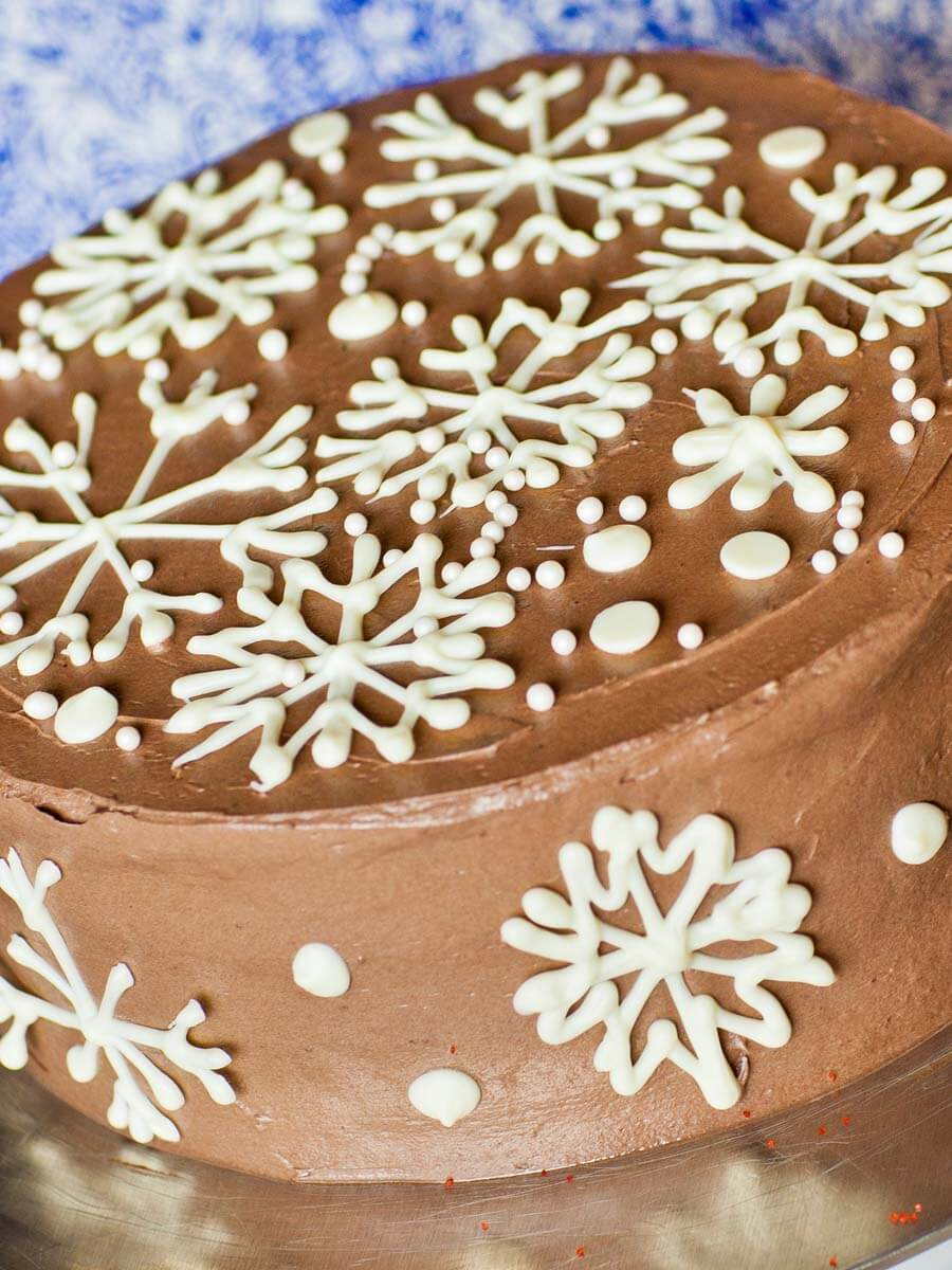 Christmas Eggnog Cake (video)