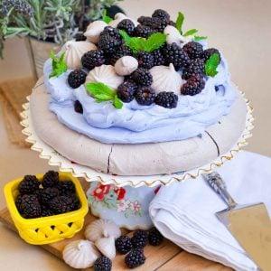chocolate pavlova with blackberries