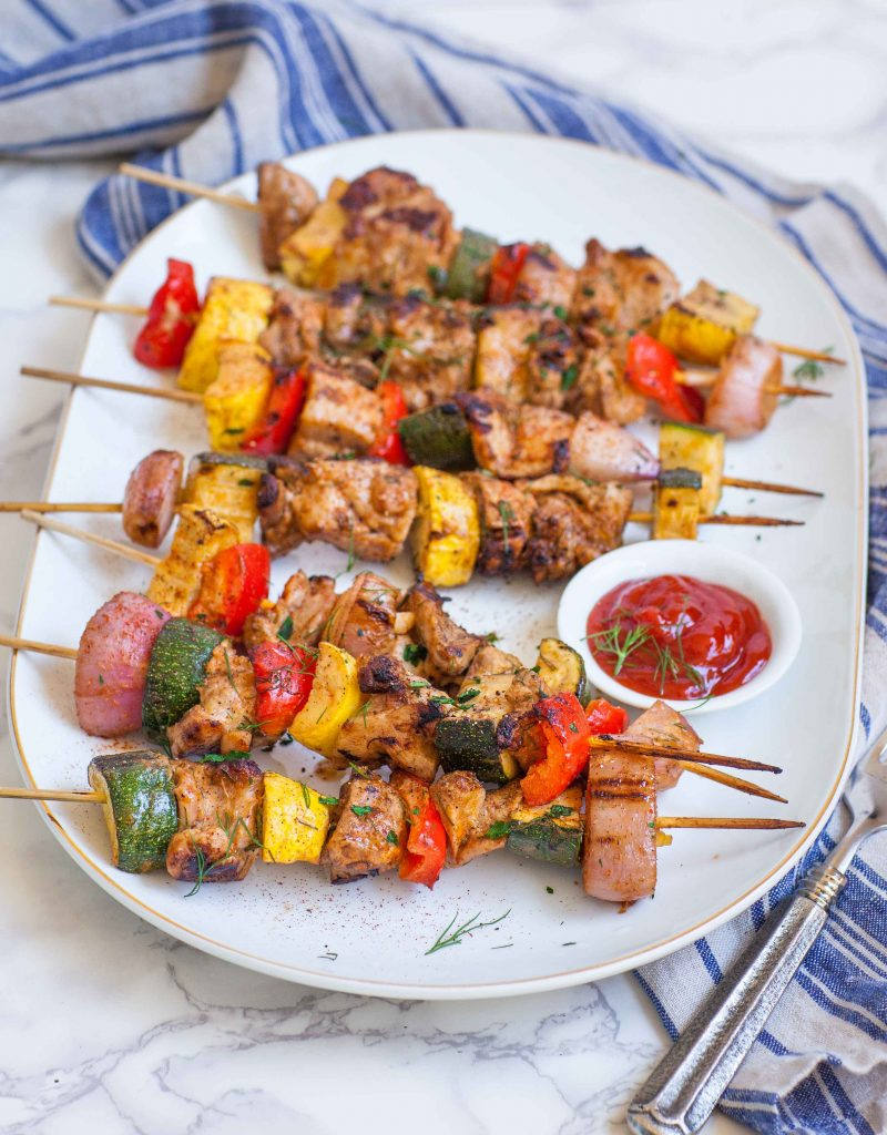 grilled chicken kabobs with vegetables and dipping sauce