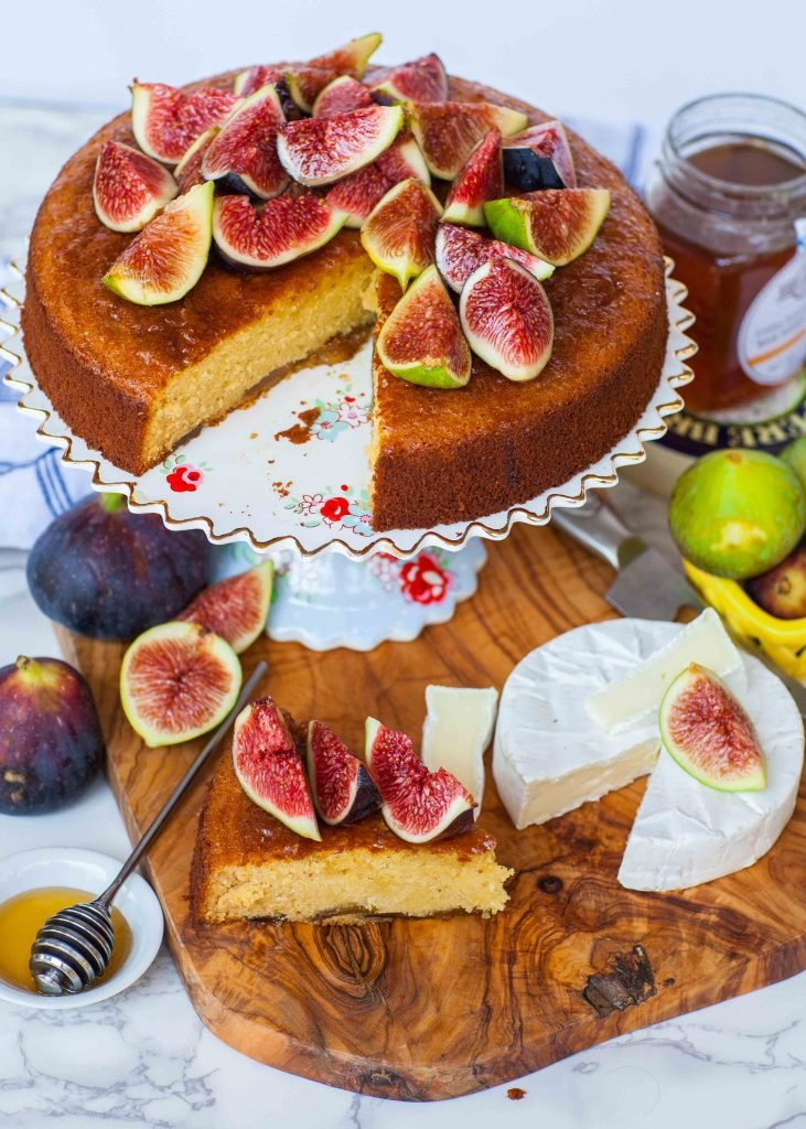 fig cake recipe with honey and brie cheese
