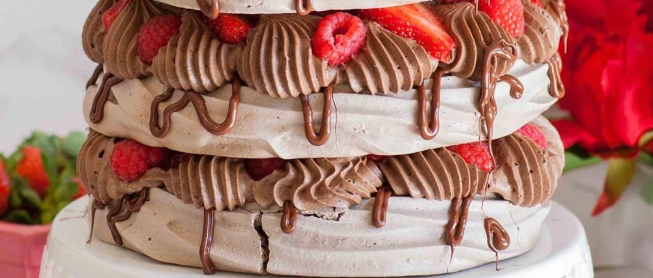 Chocolate Pavlova Cake With Berries