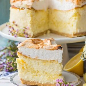lemon meringue cheesecake slice with lemon curd