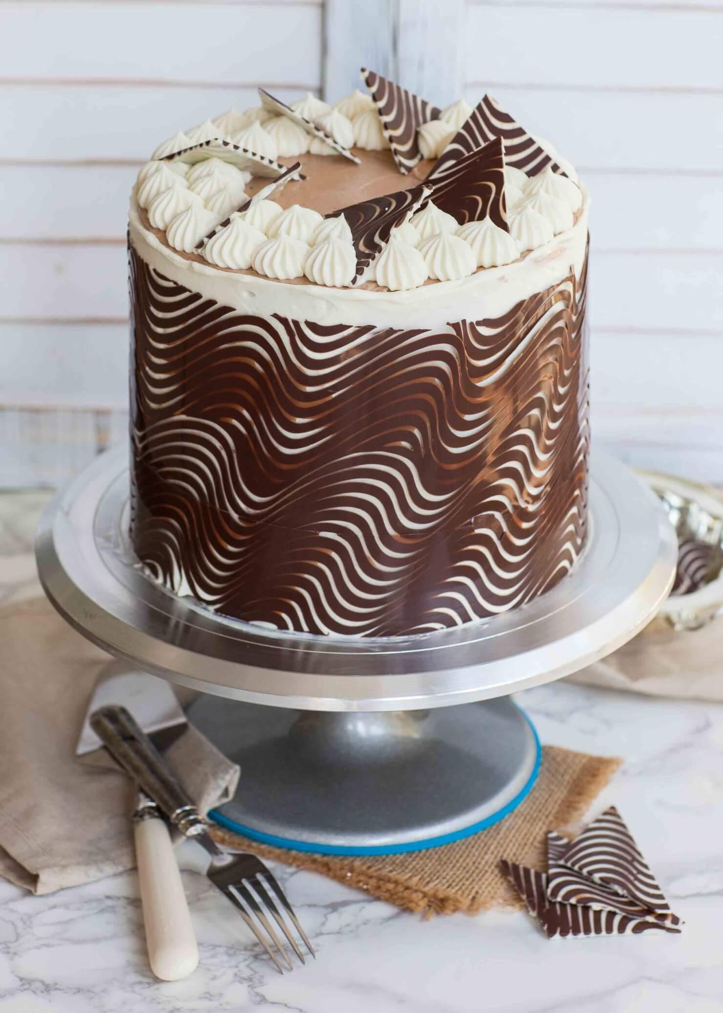 chocolate cake wrap for cake decorating