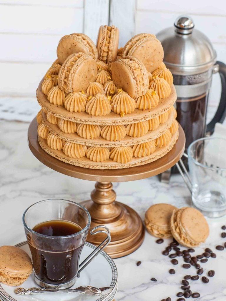 caramel coffee macaron