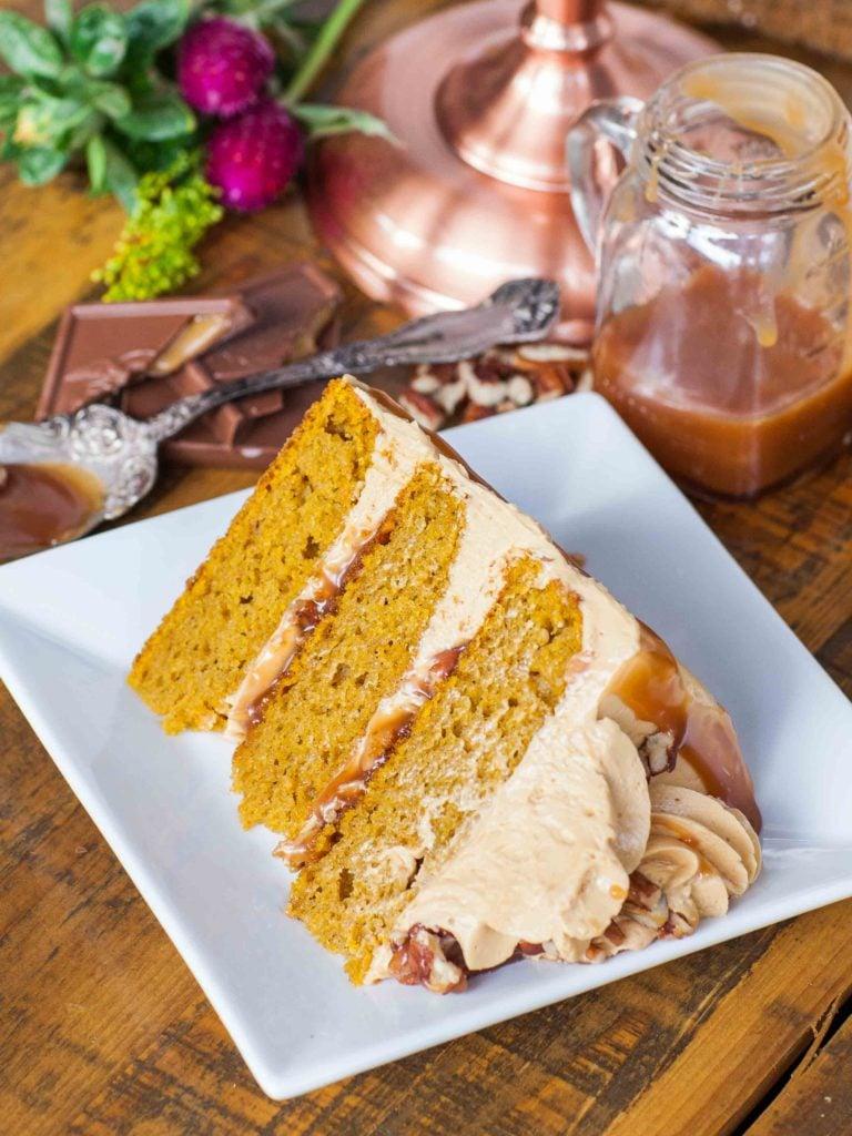 caramel pecan pumpkin cake recipe slice