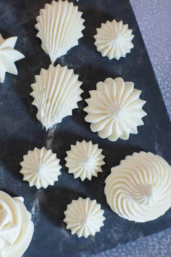 pipeable cream cheese buttercream recipe