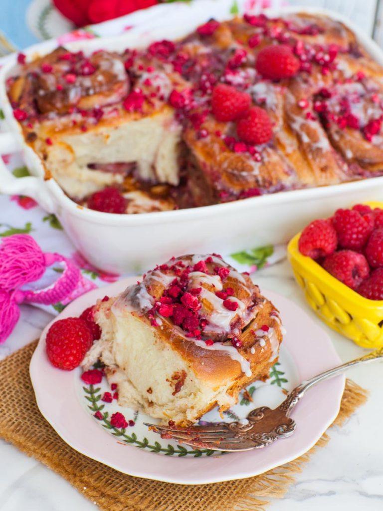 raspberry cream cheese rolls with freeze dried raspberries