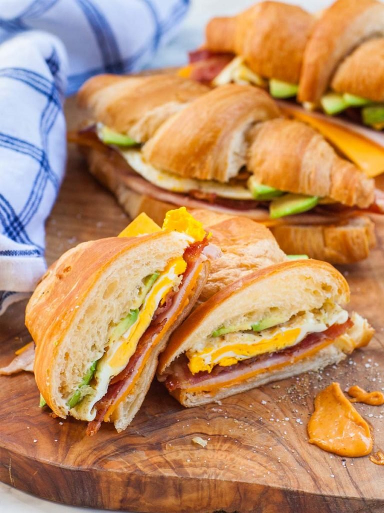 croissant breakfast sandwich with chipotle aioli sauce