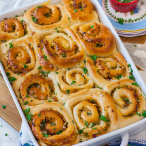 bacon and cheddar filled garlic dinner rolls with parsley