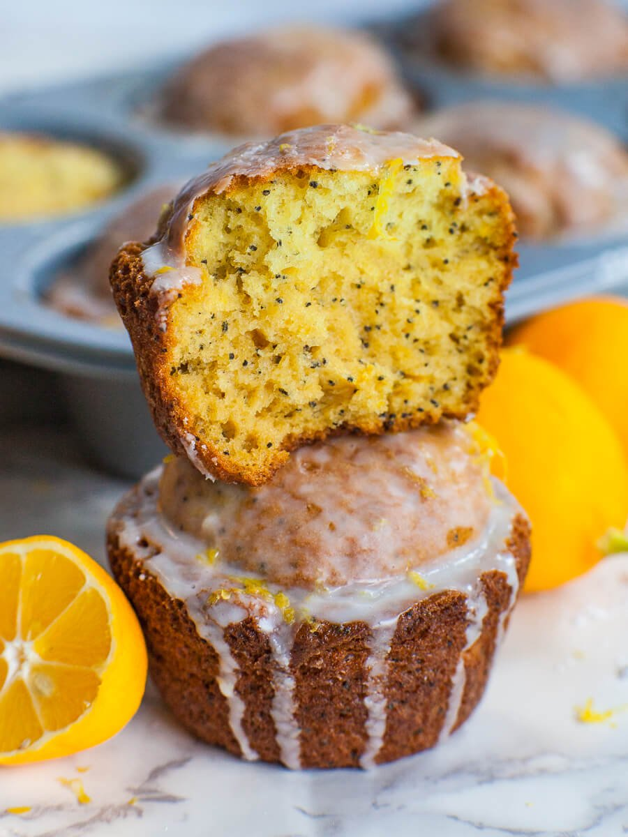 lemon muffins with poppy seeds, lemon zest and lemon glaze