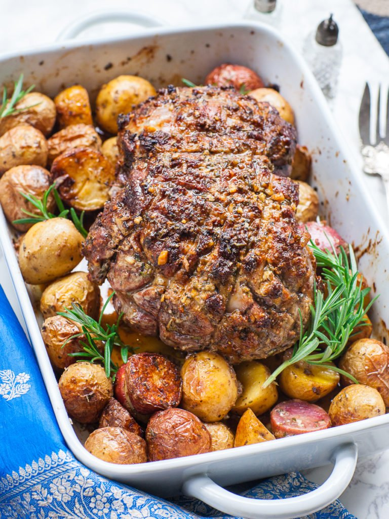roasted leg of lamb with dijon mustard and herbs
