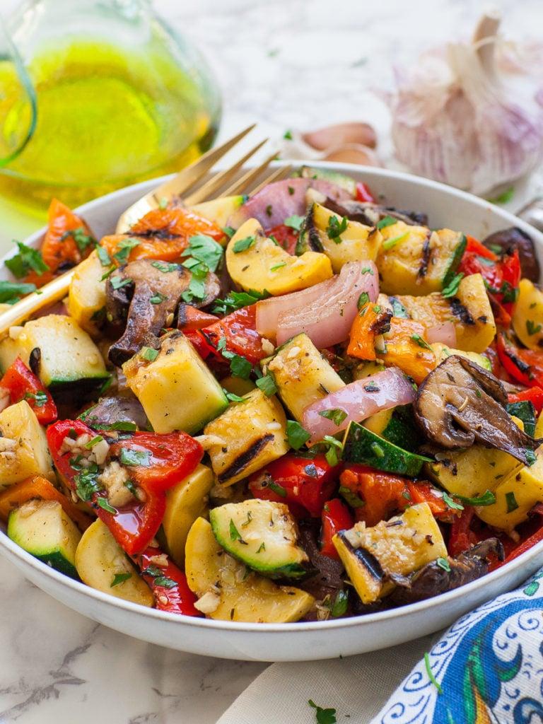 grilled vegetables with zesty garlic dressing
