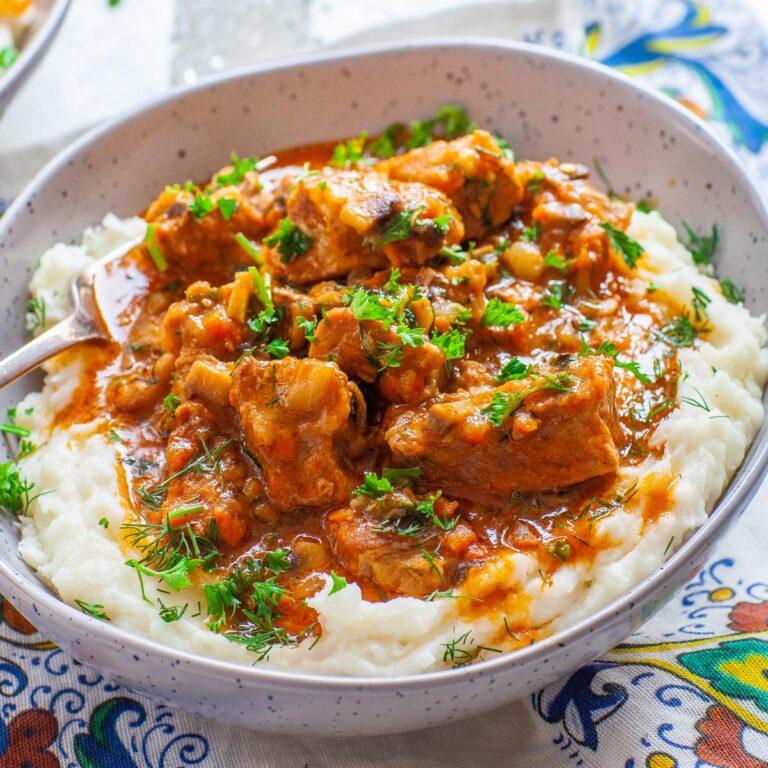 Ukrainian Braised Pork with mashed potatoes