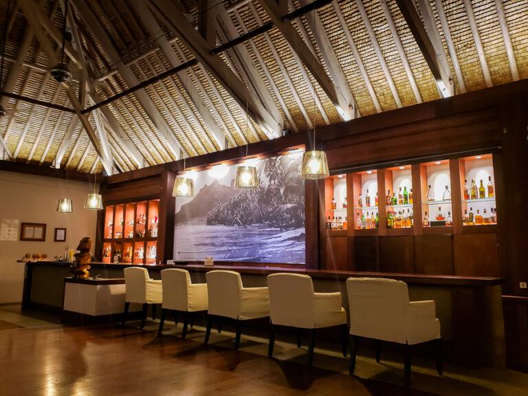 evening bar at Thalasso resort
