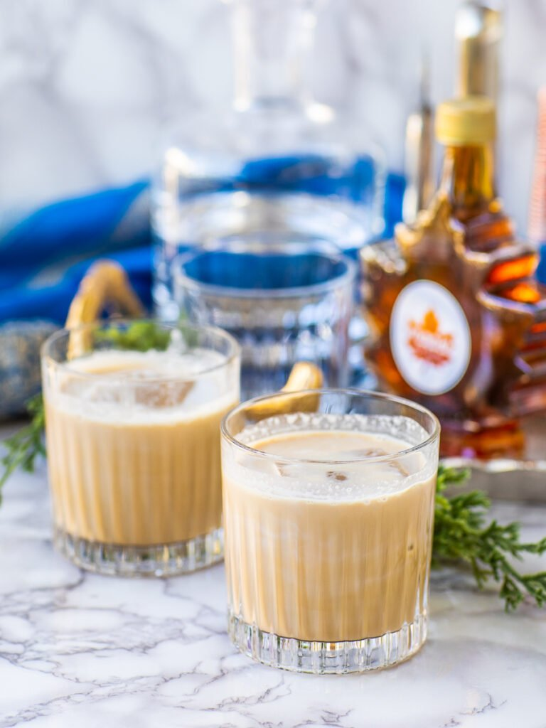 blended maple white russian drink in old fashioned glass