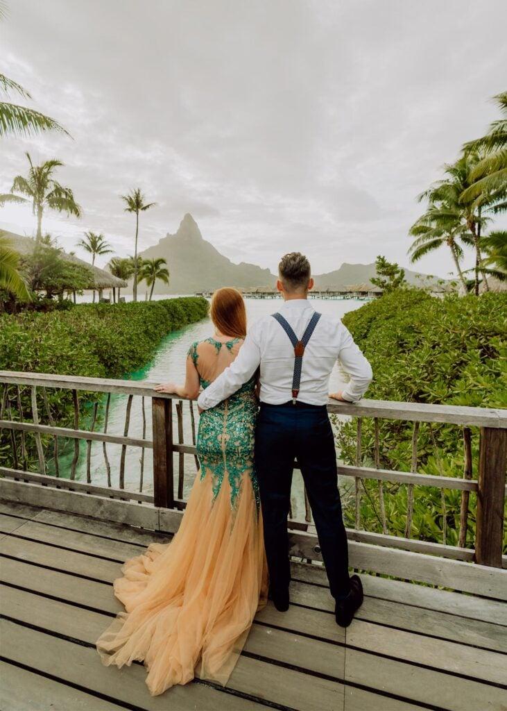 couple photography in Bora Bora