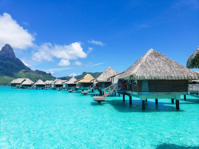 overwater bungalows in Bora Bora at Intercontinental