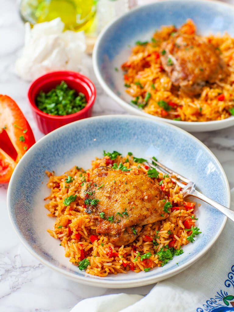browned chicken thigh with pepper rice